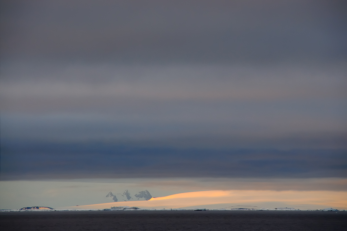 Christmas Sunset; Weddell Sea; Antarctica