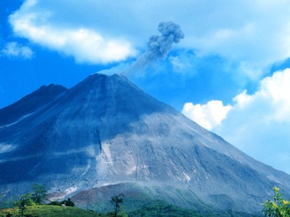 North Face of Arenal – Ash Eruption