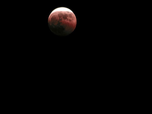 Total Lunar Eclipse (1)