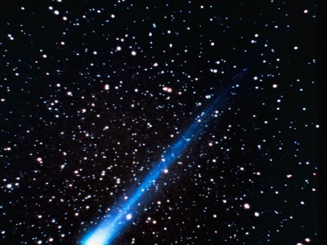 Comet Hyakutake (1)