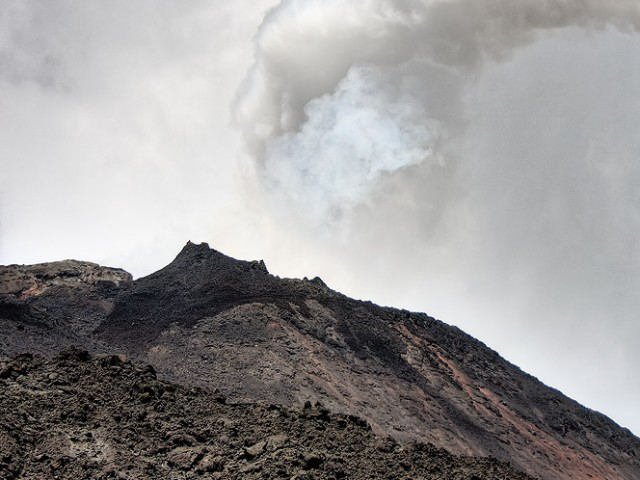 Pacaya Volcano – Gas Eruption I