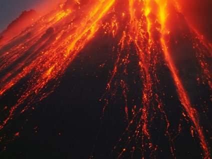 Lava Spines and Incandescent Blockfall at the Summit of the Soufriere Hills Volcano (2)