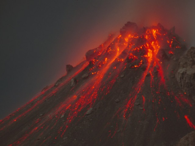 Lava Spines and Blockfall at Night – Soufriere Hills Volcano