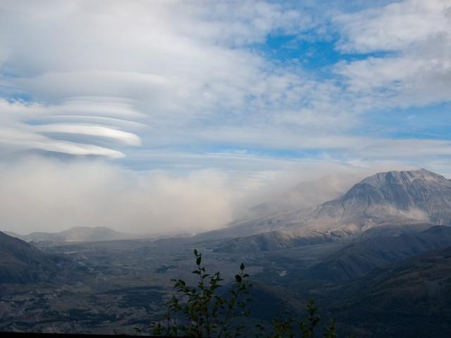 Landscape – Lenticular Clouds